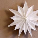 Stern aus Butterbrot-Papiertüten